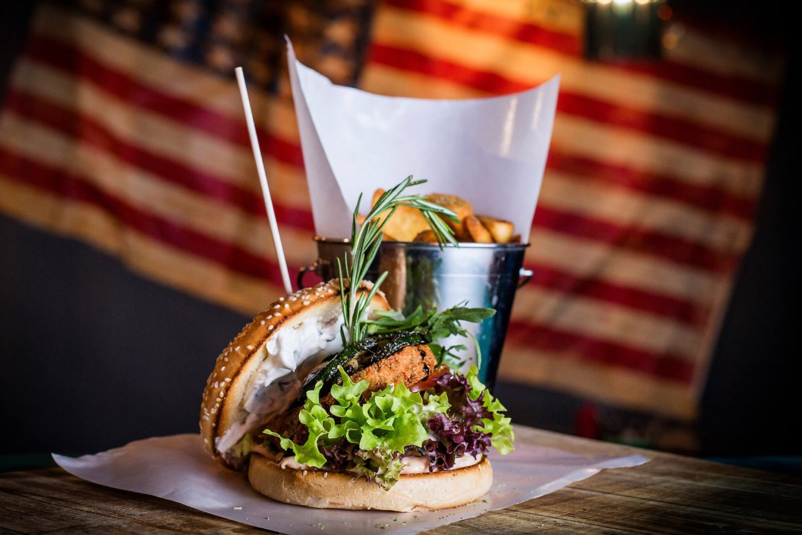 Restaurant: Burger - Daimlers Bar & Late-Night-Grill