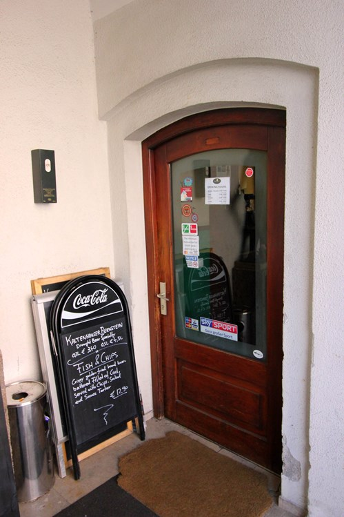 Restaurant: The Dubliner Irish Pub