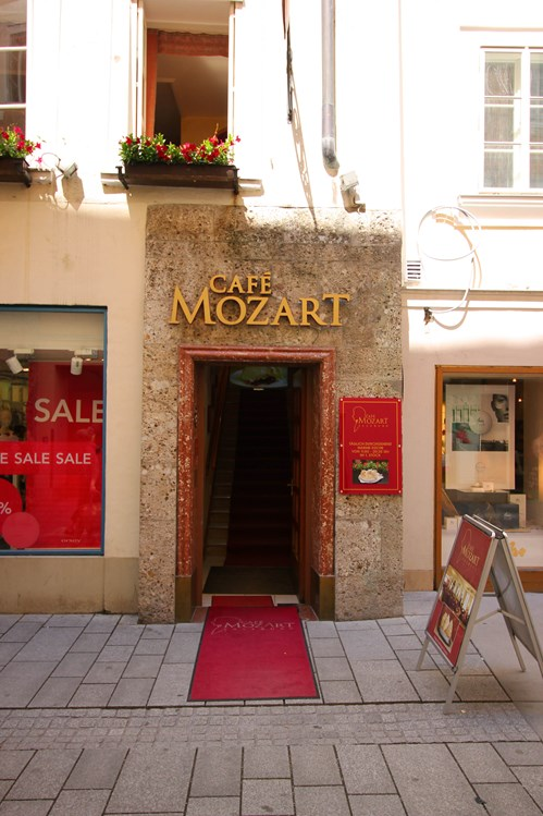 Restaurant: Cafe Mozart